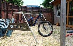 Self Made Bikeständer, Präsentationsständer
