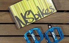 NS Bikes Aerial Pro Pedale NEU blau