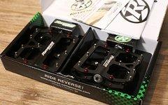 Reverse Components Escape Plattformpedale BLACK *NEU*