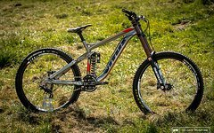 Vitus Dominer DH (optional with RS Boxxer)