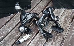 Shimano Dura Ace Direct Mount Direktmontage Rennrad Bremse Set V+H inkl. Zugeinsteller (BR-9010-F und BR-9010-R)