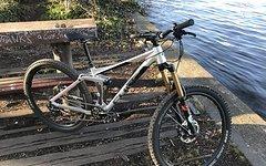 Cube Fritzz SL Enduro Bike Sram X01 Fox Kashima Fahrwerk Reverb