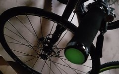 Cyconsult Aktion! Glowing Bar Plugs - grün fluoreszierende Lenkerenden