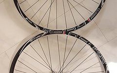 DT Swiss Laufradsatz DT Swiss XM 1501 15x100 12x142 Neu