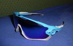 Oakley Jawbreaker sky blue-grey-white; sapphire iridium