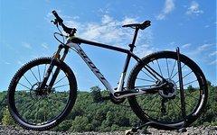 Scott Scale Carbon RC 700 High End Gr.L nur 8,9kg mit kompl.XTR Di 2 Fox iCTD Kashima Mavic Crossmaxx Aufbaukosten über 6500 Euro