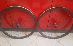 Light Bicycles Carbon Laufradsatz Tune Naben 26 Zoll Tubeless Ready XD Freilauf