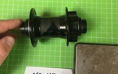 Novatec VR Nabe 110 / 20mm  32Loch Schwarz