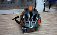 Lazer Oasiz Fahrrad Helm Trail Enduro MTB L / XL Grau / Orange