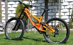 Specialized Demo 2015 in L TOP (kein Canyon, Scott, YT, Fox)