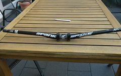 Spank Spike 800 Race Vibrocore Team Bar 15mm 31.8 Riser Lenker