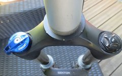 "Rock Shox Sektor silver solo air 130mm 29"""
