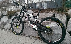 YT Industries YT Tues 2.0 Pro Edition Large
