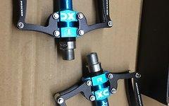 RB Pedale BLAU auf schwarz Fahrradpedale Radpedale MTB Freeride Downhill Cross