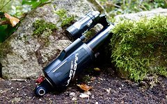Rock Shox Vivid R2 222x70mm Freeride Downhill (no Fox Float Cane Creek Double Barrel)