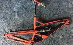 YT Industries Capra CF PRO Race Rot  - M -