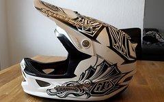 Troy Lee Designs D3 Aztec White gebraucht Gr. M