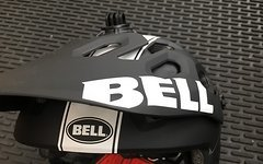 Bell Super 2 Black/ White Viper M NEU!
