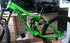 Knolly Chilcotin 160mm Enduro - Day Glow Green Gr.S Neuwertig