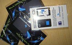 Bergamont Selbsthaftender Displayreiniger ein muss für jedes Bikersmartphone!!
