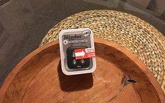 Knog NEU OVP Blinder Set 4V Four LED Rear/red und 4 Four LED Front/white Hammerpreis!