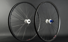 "Radsporttechnik Müller Laufradsatz 27,5"" Carbon Clincher Tune King+Kong (white)Duke Lucky Jack CX Ray ca.1270g"