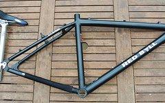 Red Bull Rahmen (GrößeM) WCW 7000er Custom Aluminium