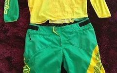 Troy Lee Designs Sprint Kombo Shorts (W32) und Jersey (L) Gelb Grün