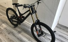 Specialized Demo 8 Carbon - 650B - Large mit Rechnungen.