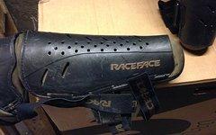 Race Face Knie/Schienbein Protektoren