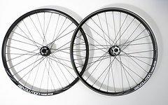 "Transition Bikes TBC Revolution Trail 15mm // 12*142mm Laufradsatz 27,5"" 650B"