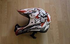 Uvex Downhill Helm - The Skull