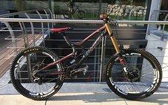 Santa Cruz NEUE PREIS - V10 Carbon Fox40 Kashima ENVE (2014) Gr. M wie neu