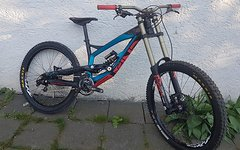 YT Industries Tues 2.0 Pro 2014 medium Downhill DH