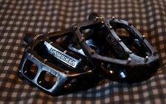 Dmr Bikes V8 Flatpedale schwarz