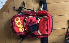 Evoc FR Trail Team rot M/L