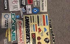Sticker verschiedener Marken