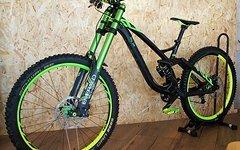 NS Bikes FUZZ 1 EXPERT mit DVO Jade und Emerald Wahnsinnsbike DOWNHILL Monster UNIKAT Wert über 7000 Euro