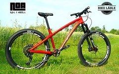 Dartmoor Hornet Custom-Enduro Rock Shox Yari / Sram GX / Spank Subrosa /Magura MT Trail Sport  / Noa-Bl-Evo-1 Naben