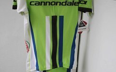 Sugoi Cannondale Team Kit, Hose und Trikot, grün, M