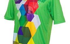 Local Outerwear SUCHE!!!!! Cube Green TShirt - Größe M