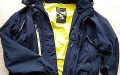 Platzangst Damen Jacke Entire Wasp Regen  Kapuze Gr. S
