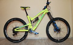 Intense Uzzi 275 Customaufbau Hope/Spank