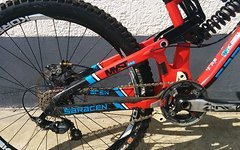 Saracen Myst DH Alu/Carbon 2015 Gr. M FAST suspension