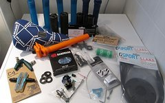 Odyssey, Eclat, Animal, Diatech, Brave, Blank, C4 div. BMX-Teile Sattel/Griffe/Pegs/Kette etc.