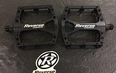 Reverse Components Pedale MTB Black One leicht stylisch schwarz/schwarz oder schwarz/rot
