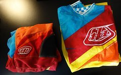 Troy Lee Designs GP Air Jerseys Stinger + Hose