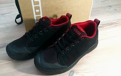 ION Raid Amp Flatpedal Schuhe # schwarz rot / Größe EU41 UK7