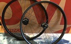 E*thirteen TRSr Carbon Laufradsatz 27mm, Boost 27,5 E13