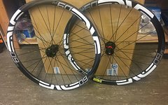 Enve M60 Forty MTB 27,5''Clincher DT Swiss 240S thru-axle 15x110/12x148 Boost - UVP 3298€